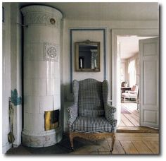 Love the chair...Lars Sjobergs house featured in Country Style by Judith and Martin Miller11 500x484 500x484 Lars Sjobergs Swedish Gustavian Decorated House