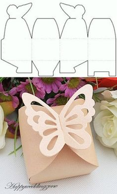 10 Beautiful DIY Patterns of Candy Gift Box - Free Candy Gift Box Templates and Candy Gift Box, Candy Gifts, Gift Boxes, Candy Boxes, Diy Paper, Paper Crafts, Box Patterns, Pattern Ideas, Diy Gifts