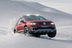 VW reveals its Tiguan GTE Active, a plug-in hybrid off-road concept, at the Detroit motor show. Full details at CAR magazine