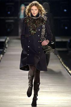 Chloé Fall 2003 Ready-to-Wear Collection Photos - Vogue