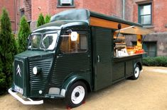 1967 Citroen HY Van converted to coffee truck.  Love the British racing green!