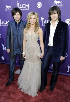 The Perry siblings from Mississippi – (L-R) Reid, Kimberly, and Neil Perry, otherwise known as The Band Perry.