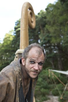 vikings_gallery_ragnar_rollo_floki - Episode Rites of Passage . Vikings Actors, Vikings Show, Vikings Tv Series, Vikings Season, Floki, Ragnar Lothbrok, Lagertha, Viking Pictures, Viking Character