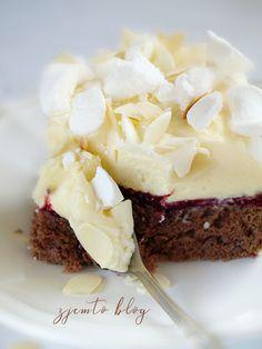 Torcik ajerkoniakowy z białą czekoladą – Zjem to! Polish Recipes, Pavlova, Sweet Life, Cake Recipes, Cheesecake, Food And Drink, Birthday Cake, Sugar, Cooking