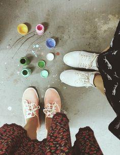 Wedding shoes ♥ Bride shoes ♥ Sapato de noiva ♥ #lapupa #bride #weddingshoes #shoes #handmade #handpainted #bride #vestidodenoiva #art #artshoes #brideshoes #weddingshoes #noiva #sapatodenoiva #wedding #inspiration #design #designshoes #bridal #bridalshoes #casamento #sapatos #sapato #pic #fotografia #photografy #savethedate www.lapupa.com.br