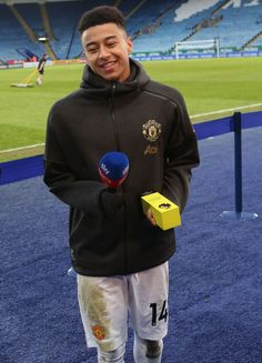 Most Best Manchester United Wallpapers Lingard LEICESTER, ENGLAND - FEBRUARY Jesse Lingard of Manchester United is interviewed after the Premier League match between Leicester City and Manchester United at The King Power Stadium on February 2019 in Lingard Manchester United, Manchester United Gifts, Manchester United Wallpaper, Manchester United Players, Leeds United, Girls Football Boots, Football Moms, Sport Football, Neymar