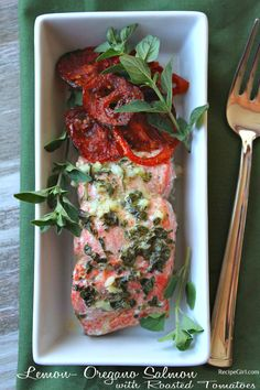 Lemon- Oregano Salmon with Roasted Tomatoes tried this and its yummy! didn't put 1 tbsp of oregano though, put TBSP instead. Also, roasted tomatoes for about Entree Recipes, Dinner Recipes, Cooking Recipes, Healthy Recipes, Yummy Recipes, Lemon Recipes, Fish Recipes, Seafood Recipes, Salmon Dinner