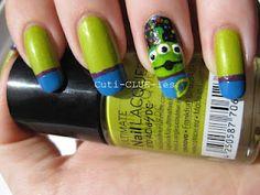 Summer Challenge Toy story alien nail art