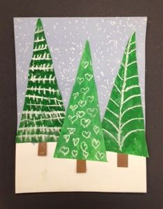 My Grade One class made these patterned evergreen trees today. I am loving how they look clustered together on my bulletin board. This was actually a 2 day project. We spent the first session mi Christmas Art Projects, Winter Art Projects, Christmas Crafts For Kids, Holiday Crafts, Winter Christmas, Classe D'art, Theme Noel, Kindergarten Art, Preschool