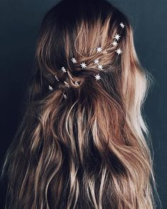 Wedding hair inspiration for every bride. You can never go wrong with ethereal stars, no matter your wedding theme. Check out these celestial hair pins and dreamy beachy waves. Wedding Hair And Makeup, Hair Makeup, Wedding Hair Pins, Wedding Blog, Star Hair, Wedding Hair Inspiration, Wedding Hair Accessories, Vintage Hair Accessories, Long Hairstyles