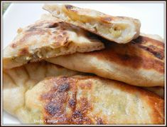 Bazlama is a  flat, bread  found in Turkey.   I have posted a Bazlama flat bread recipe , which everyone loved at home.  So this time ...