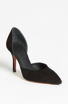 classic black VINCE pump that you'll have forever - on sale!