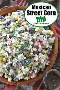Mexican Street Corn Dip combines fresh corn, black beans, tomatoes and red onion in a creamy dressing with a bit of heat. Top it off with feta cheese and you'll be hooked too! Cold Dip Recipes, Gourmet Recipes, Healthy Recipes, Appetizer Dips, Appetizer Recipes, Party Appetizers, Cold Dips, Mexican Street Food, Mexican Dinner Recipes