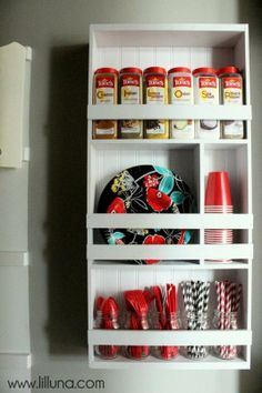 A great way to declutter your pantry with this DIY Pantry Organizer Shelving Unit.  #pantry #organizer