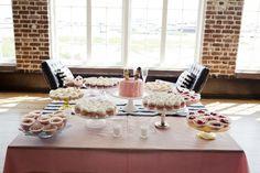 Southern Hospitality. Photos by Paige Winn Photo. Published on Melissa Dov Weddings http://wp.me/p2Pt9h-z5