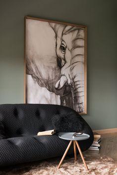 Приятная прохлада современного интерьера в Киеве | Пуфик - блог о дизайне интерьера