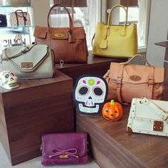 Happy Haunting! 👻 Visit our Newcastle branch and treat yourself to one our beautiful new arrivals, from Mulberry to Louis Vuitton 😍 With every purchase we're giving away FREE treatments and Care Products in our lucky dip draw! Call us or shop onlin