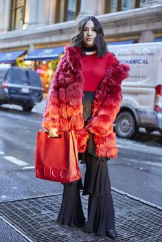 @ thepeckingorder by Man Repeller /A slideshow of NYFW FW17 street style, updated daily.