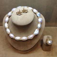 One of a kind Yellow Gold Necklace with Baroque South Sea Pearls and Rose-Cut…