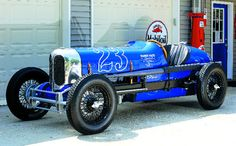 Recreation of a 1933 Indianapolis race car