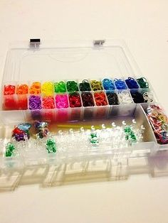 RAINBOW LOOM ORGANIZER W/ DIY LOOM KIT AND 3,100 PLUS BANDS  GREAT HOLIDAY GIFT