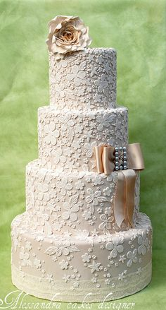 Wedding cake -- this is a simple idea, but I love the result!
