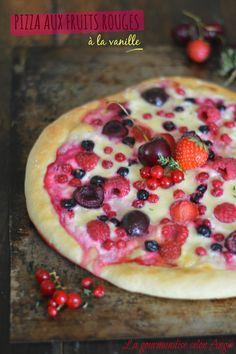 pizza fruits aux fruits rouges mozzarella et mascarpone vanille 1