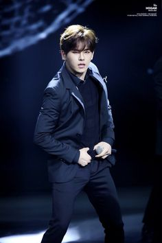 #HOYA #INFINITE #인피니트     oh my....   I love the pause button...