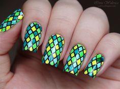 Stunning Colored Plaid Stamping Nails by BornPrettyNails from Nail Art Gallery Beautiful Nail Designs, Beautiful Nail Art, Cool Nail Designs, Gorgeous Nails, Cute Nail Art, Cute Nails, Pretty Nails, Nailart, Bright Nails