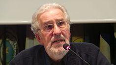 Atilio Alberto Borón  1943 es un politólogo y sociólogo argentino,  doctorado en Ciencia Política por la  Universidad de Harvard. Visitó Cuba en