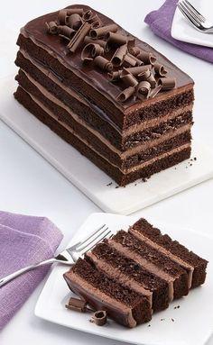 Savory magic cake with roasted peppers and tandoori - Clean Eating Snacks Dark Chocolate Orange, Dark Chocolate Cakes, Cake Recipes, Dessert Recipes, Bolo Cake, Hazelnut Cake, Savoury Cake, Food Cravings, Chocolate Recipes