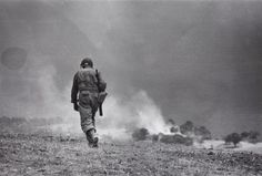 An American GI on a recon mission near Tronia, Sicily 4/5 August 1943/Robert Capa