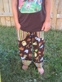 boys pants tutorial - probably use these more as lounge pants for around the house. Cute!