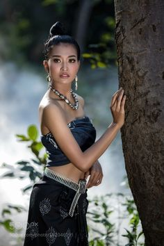 Asian beautiful antique silk dress handmade by Pitakchatr