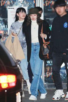 Fashion Idol, Blackpink Fashion, Daily Fashion, Korean Fashion, Street Fashion, K Pop, Rapper, Black Pink Kpop, Street Style