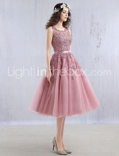 c736ed5ba55 Κοκτέιλ Πάρτι Φόρεμα Βραδινή τουαλέτα Με Κόσμημα Κάτω από το γόνατο Δαντέλα  / Τούλι με Χάντρες