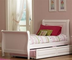 Windsor Sleigh Bed with Trundle | ekidsrooms.com