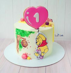 Winnie the Pooh on a balloon cake Winnie The Pooh Cake, Cake Accessories, Baby Girl Cakes, Balloon Cake, Painted Cakes, Disney Cakes, Just Cakes, Novelty Cakes, Buttercream Cake