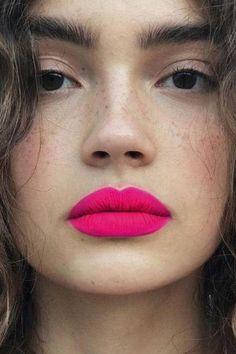9 Biggest Makeup Trends 2021 - Your Classy Look