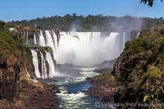 Devil´s Throat Waterfalls as seen from the argentinian side.