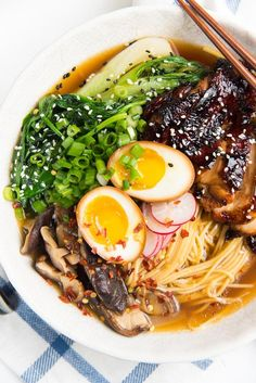 Easy Homemade Chicken Ramen - An incredibly flavorful Chicken ramen with authentic flavors, but easy to make for dinner! Topped with caramelized soy chicken and a ramen egg. Ready in about 30 minutes. Chicken Ramen Recipe, Chicken Flavors, Chicken Recipes, Soy Chicken, Creamy Chicken, Chicken Gyoza, Ramen Flavors, Ramen Toppings, Grilled Chicken