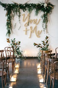 wedding ceremony decor - photo by Katie Harmsworth Photography