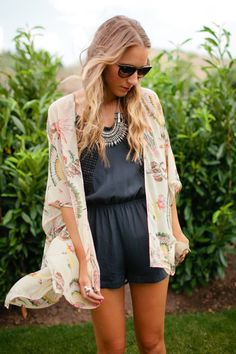 How to style black romper and floral kimono