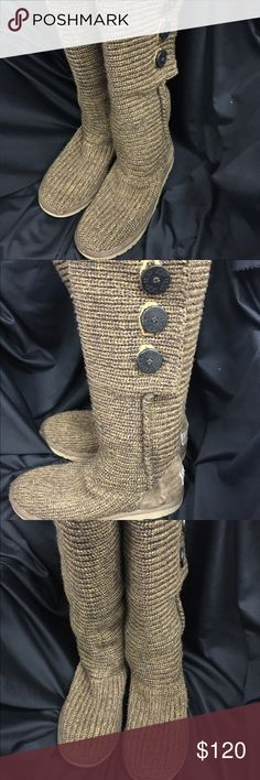 Ugg boots. Beautiful,  worn a couple times Beautiful uggs Shoes Winter & Rain Boots
