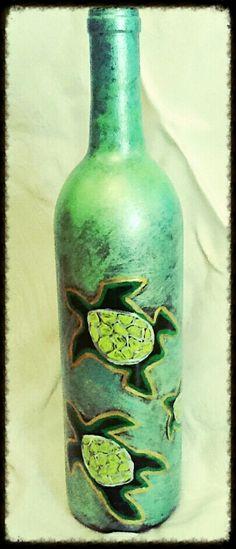 Turtles lighted Wine Bottle  http://www.etsy.com/shop/AmberDavisArt http://www.suddenlyamberallthingsart.com/