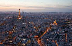 Risultati immagini per parigi foto dall'alto