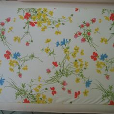 1970's vintage sheet fabric fat quarter primary floral by sosovintage