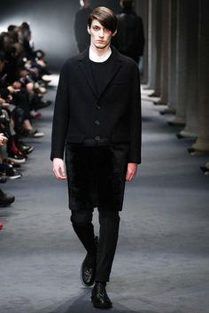 Neil Barrett Fall 2015 Menswear Collection Photos - Vogue