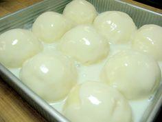 Pani Popo: Samoan coconut buns bring the islands to Vermont: Blog | King Arthur Flour