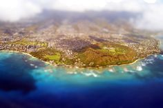 my boyfriend is on his way to oahu right now! so jealousss :)